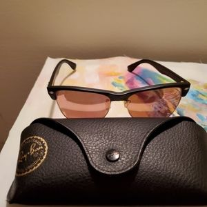 NEW!WOMENS RAY BANS